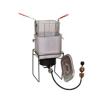 Amazon Com Bayou Classic 700 701 4 Gallon Bayou Fryer