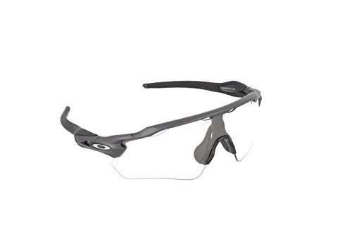 Oakley Men's OO9208 Radar EV Path Shield Sunglasses, Steel/Clear To Black Photochromic, 38 mm