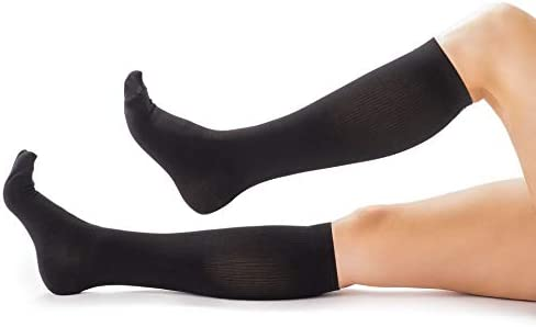 446da4831a08d3 Compression Socks for Men & Women, Soft & Comfortable Knee High Compression  Stockings, Socks for Nurses and Runners, Relief from Shin Splints and Edema  ...