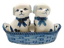 Dog Salt and Pepper Shakers: Dogs/Basket
