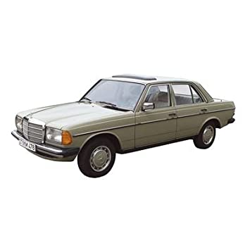 Revell 08809 Mercedes Benz W123 240d Green Scale 1 18 Amazon Co