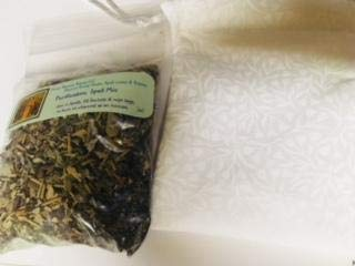 (Spell Mix: Purification ~ 22g ~ Ravenz Roost herbs ~ Handmade White Pouch)