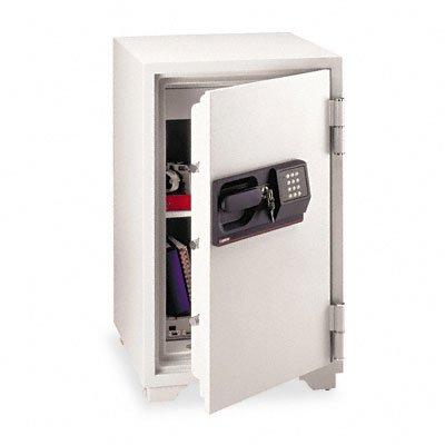 (SENS6770 - Sentry Commercial Safe )