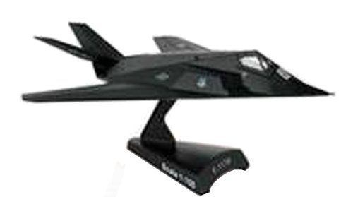 Postage Stamp Planes - Daron Worldwide Trading F-117 Nighthawk 1:150 Vehicle