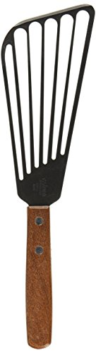 'Winco FST-6 6.5-Inch Blade Fish Spatula' from the web at 'https://images-na.ssl-images-amazon.com/images/I/31NUy26z%2B0L.jpg'