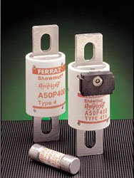 Mersen Electrical Power A50P700-4 - A50P700-4, 700A, 500V AC, 450V DC, Fast Acting, Blade Fuse