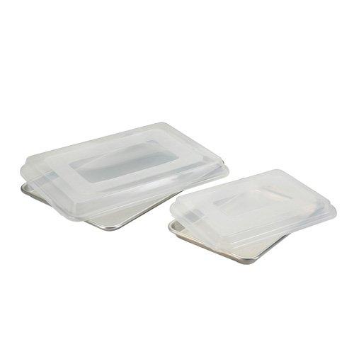 Nordic Ware 45329 4 Pc Baking Sheet Set 1/2 Sht, 1/4 Sht W / Lids