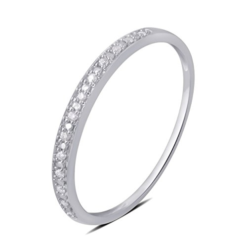 0.05 CTTW Round Diamond Wedding Band in 10K White Gold (Prong Diamond Wedding Band)