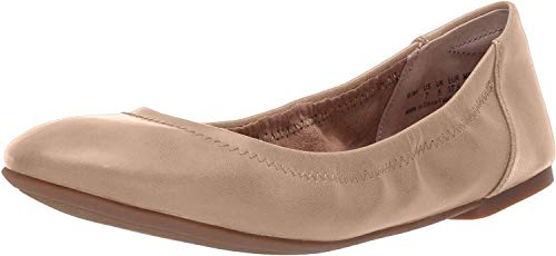 Amazon Essentials Women's Ballet Flat, Nude, 5.5 B US from Amazon Essentials
