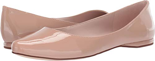 Nine West Womens Speakup Flat Barely Nude 10 ()