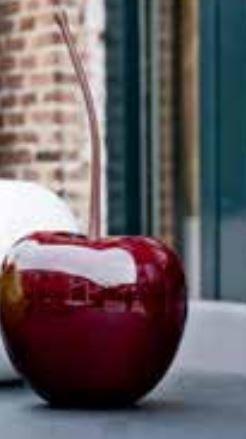 Fiberstone Dekoartikel Kirsche, sonnen-und regenbeständig für Innen und Außen, Farbe Rot glänzend, Ø 32cm Höhe 38cm