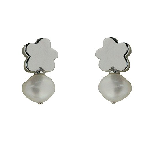 Agatha Ruiz de la Prada Sterling Silver flower and cultivated pearl post earrings .Only for teenagers 13 and older. Do not use with younger childrens