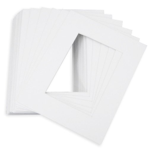 ck of 10 8x10 White Picture Mats with White Core Bevel Cut for 5x7 Pictures ()