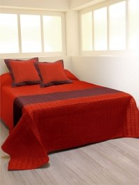 Couvre lit taffetas rouge/noir 220x250 cm: Amazon.fr: Cuisine & Maison