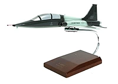Mastercraft Collection T-38C Talon Model Scale: 1/32
