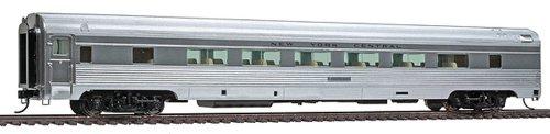 Walthers-Budd 46-Seat Coach NYC - HO