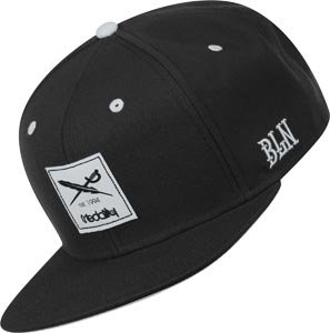 Daily Flag Snapback Cap black