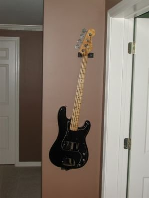 Standard Vertical Bass Guitar Mount (Made in the USA)