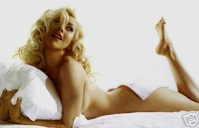 Christina Aguilera 8X10 Photo #04
