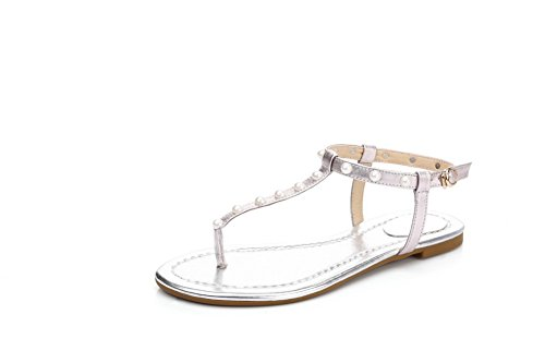 VogueZone009 Women's Blend Materials Split Toe No Heel Buckle Studded Sandals White VQprGVBiy