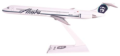 Flight Miniatures Alaska Airlines McDonnell Douglas MD-83 1:200 Scale (Renewed)