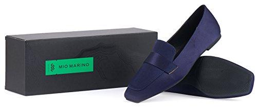 Marino Confortables Millions De Chaussures Habillées Plates Pour Les Femmes - Pieds Carrés Navy Appartements De Satin
