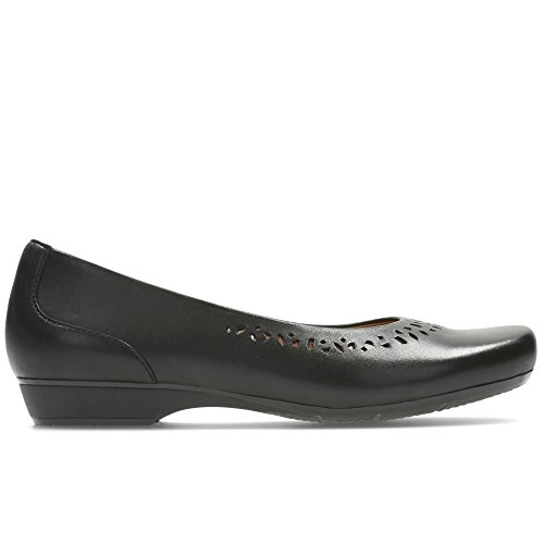 Blanche Garryn - Black Leather Black Leather