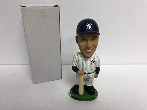 Derek Jeter 2001 New York Yankees Bobblehead Bobble holding bat SGA