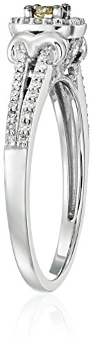 10k White Gold Champagne and White Diamond Cushion Shaped Promise Ring (1/3cttw), Size 7