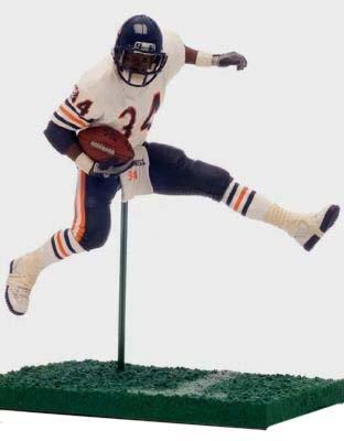 McFarlane NFL Legends Series 2 Walter Payton in Chicago Bears White Jersey 6