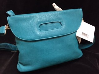kelly-moore-posey-bag-teal