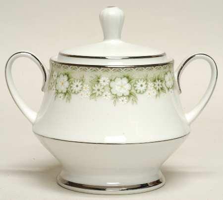 Noritake Princeton Sugar bowl with lid
