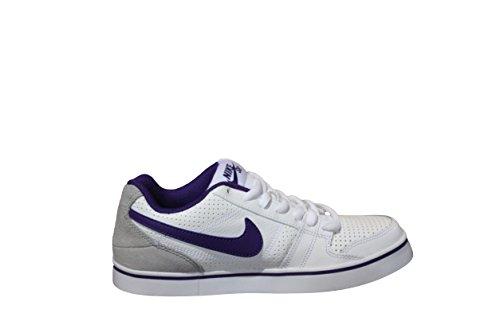 Nike Ruckus Low SB Womens Shoes (6.5)