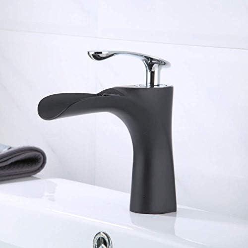 CHENBIN-BB 蛇口キッチンタップ現代真鍮マットブラックの滝の浴室のシンク
