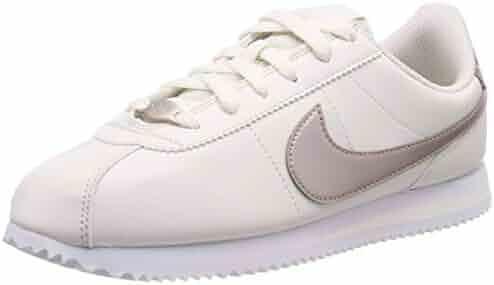 size 40 acc93 0a5c2 Nike Youth Girls Cortez Basic Sneaker