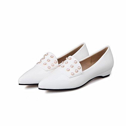 AllhqFashion Damen Ziehen auf Spitz Zehe Niedriger Absatz PU Leder Eingelegt Pumps Schuhe Weiß