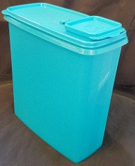(Tupperware Cereal Keeper 20 Cups Deep Sky Blue)