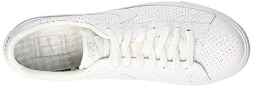 buy online 8f960 a9e53 ... Nike Tennis Classic AC, Zapatillas de Tenis para Hombre, Bianco, 40 EU  Blanco ...