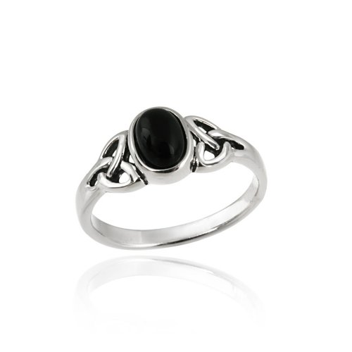 Sterling Silver Onyx Oval Center Stone with Celtic Knot Sides Ring