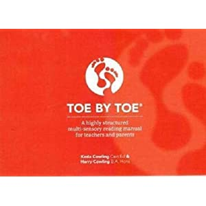 Toe by Toe: A Highly Structured Multi-sensory Reading Manual for Teachers and ParentsPaperback – 1 Dec. 1993