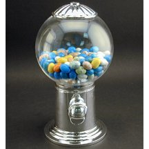 Gumball Machine - The Classy Way to Dole Out Snacks ()
