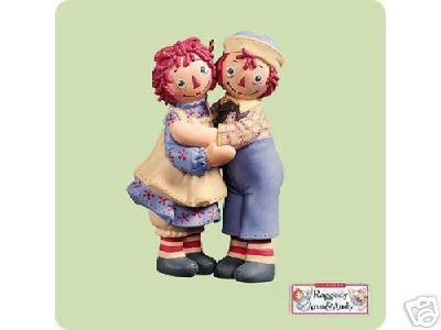 (Raggedy Ann & Andy Holiday Hug 2004 Hallmark Keepsake Christmas Ornament)