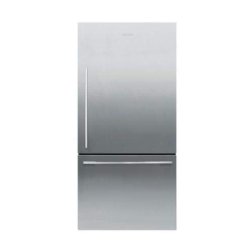 (Fisher Paykel RF170WDRX5N 32 Inch Counter Depth Bottom Freezer)
