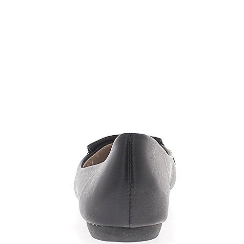 Ballerines noires aspect cuir brillant avec languette mocassins