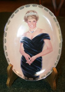 - 1998 Princess Diana Porcelain Plate -- Bradford Exchange -- Fourth Issue in the