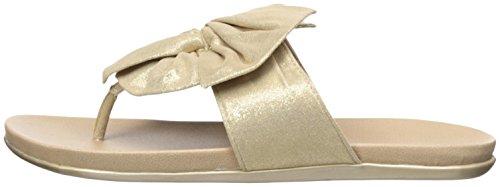 31inmGNyNpL Kenneth Cole REACTION Women's Slim Gal Flat Sandal, Soft Gold, 9 M US
