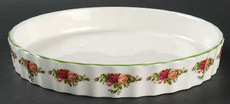 - ROYAL ALBERT OLD COUNTRY ROSES - QUICHE/ FLAN BAKER -24CM - UK MADE
