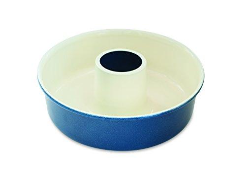 (Nordic Ware Tube Cake Pan)