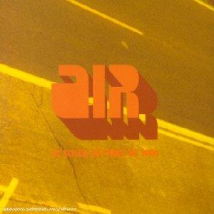 Le Soleil Est Pres De by Air (2001-09-18)