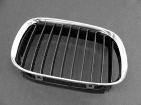 BMW e39 (97-00) Grille Kidney RIGHT Black+Chrome ZIEGLER
